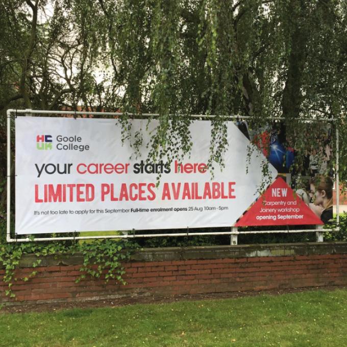 Changeable Banner Post Frames